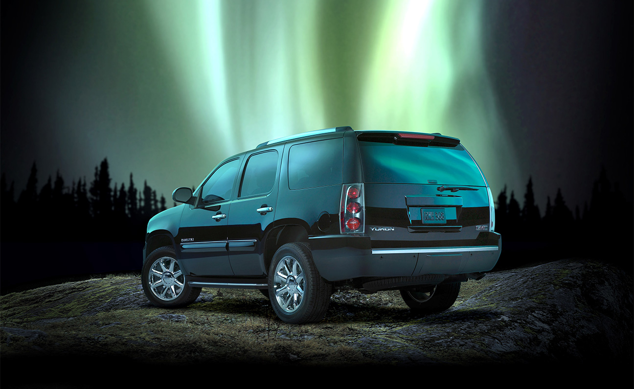GMC Yukon Nortern Lights