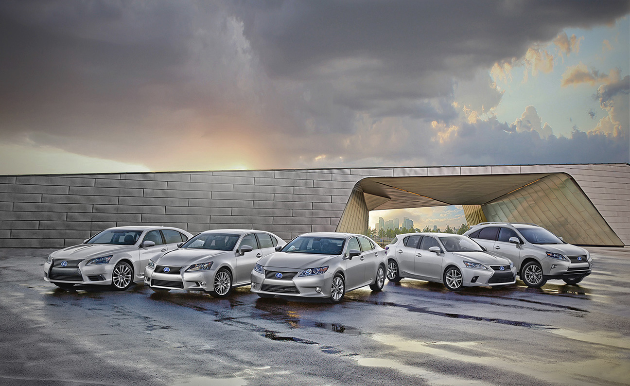 Lexus 2014 Hybrid Lineup-5 cars resized