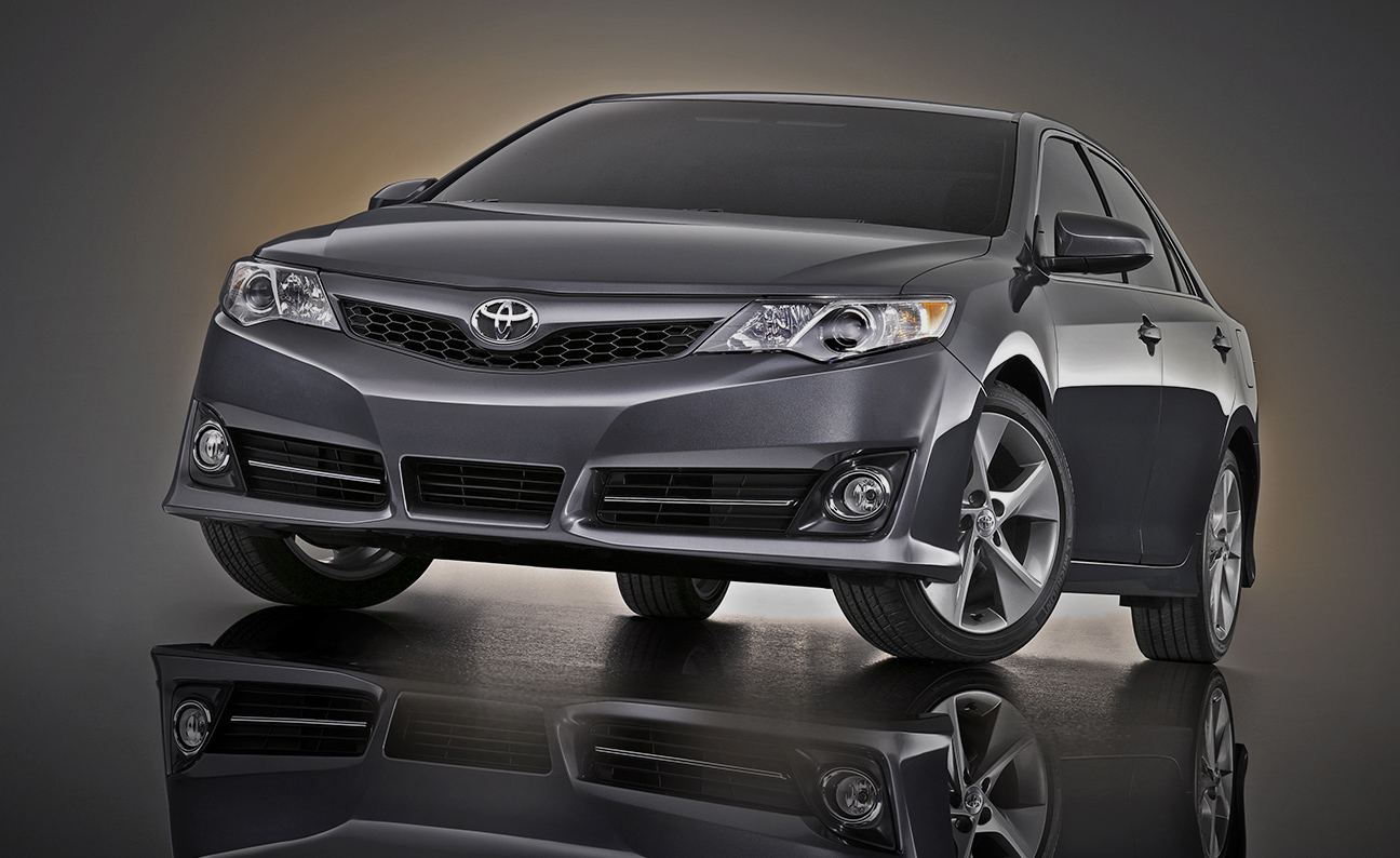 Toyota Camry 2013 Low DS7-8
